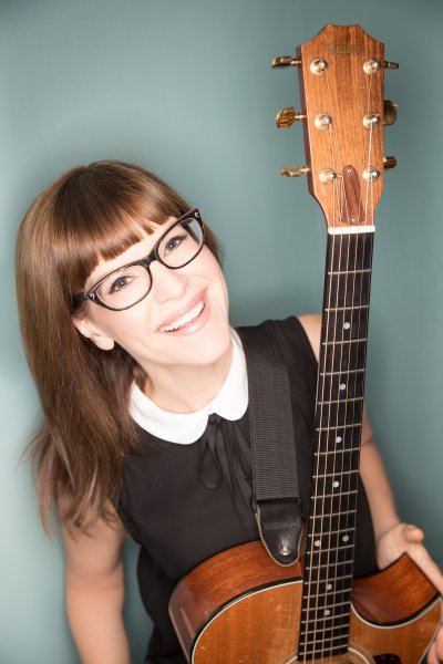 LISA LOEB Photo by 2015 Juan Patino Photography