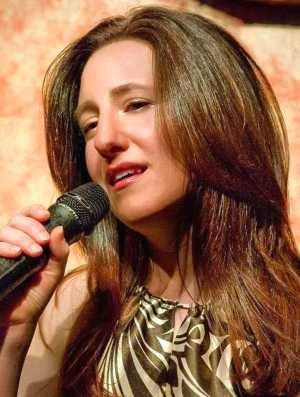 Elaine Romanelli 3